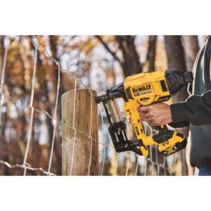 DeWalt MAX XR 9 GA Cordless Fencing Stapler