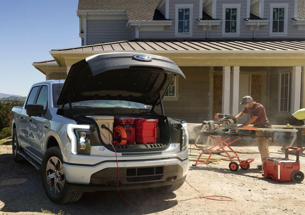 Ford – 2022 F-150 Lighting