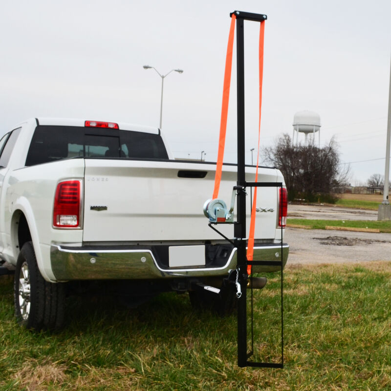 Read more about the article Titan Great Outdoors – Hitch Mounted Hunting Hoist