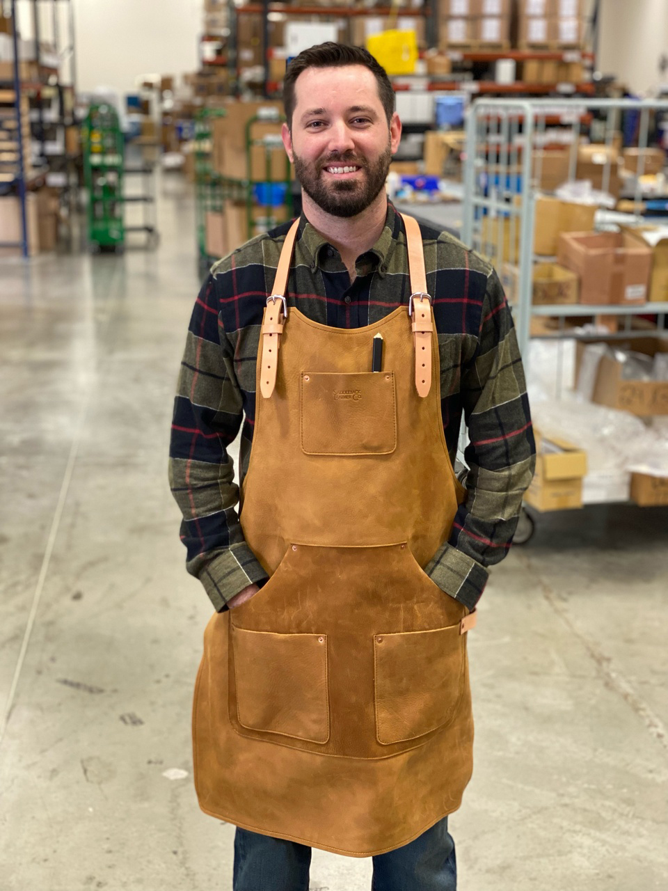 Read more about the article Saddleback Leather Co – Workshop Apron